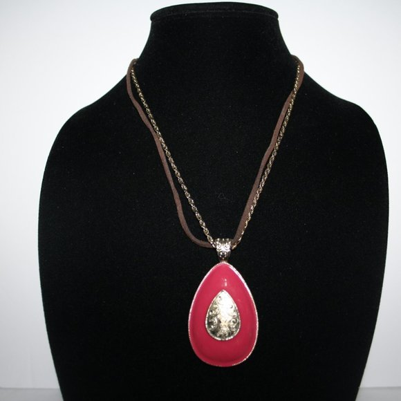 Beautiful gold and brown leather necklace w pink